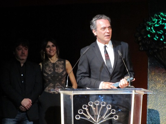 José Coronado con su Premio Málaga-Sur y arropado por Urbizu y Goya Toledo @Alejandro Contreras