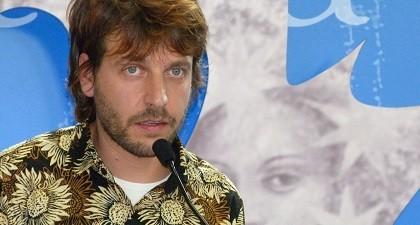 Mario Pera entrevista al poeta Raúl Campoy Guillén