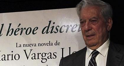 Mario Vargas Llosa presenta El héroe discreto, un melodrama peruano