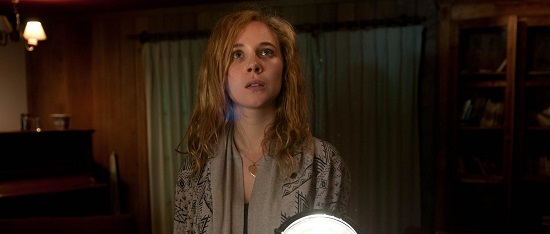 still-of-juno-temple-in-magic-magic[1]