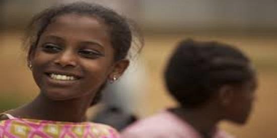 """Tizita Hagere, actriz  etíope adolescente de extraordinaria fotogenia, protagonista de """"Difret"""""""