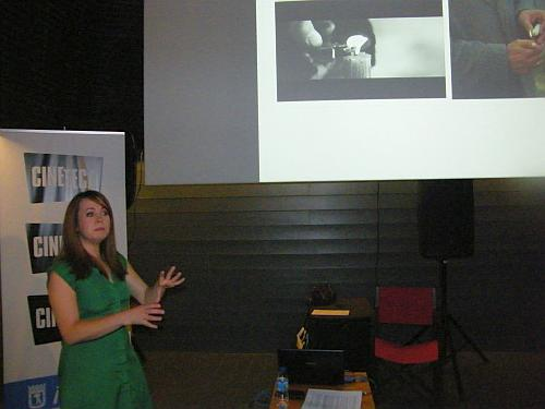 La periodista Marta Tarín durante su conferencia Tendencias del cine actual en el videoclip