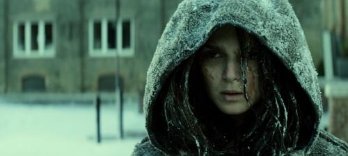 Clara Lago encarna a un misterioso personaje que aparece en el último tercio de Extinction