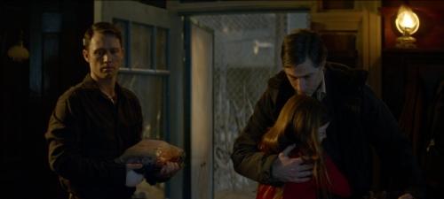 Jeffrey Donovan, Matthew Fox y la niña Quinn McColgan interpretan al trío protagonista de Extinction