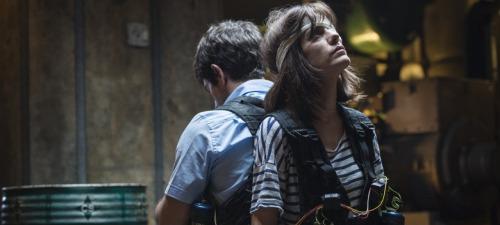 Alexandra Jiménez  es la insatisfecha novia del protagonista en Anacleto agente secreto