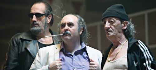 Carlos Areces, en el centro, encarna al malvado que  intentará acabar con los protagonistas de Anacleto agente secreto