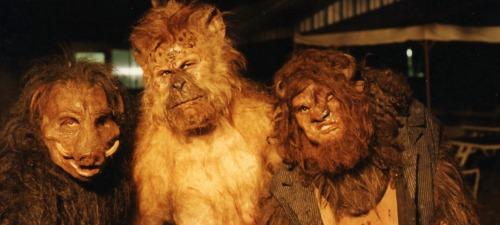 Algunas de las criaturas creadas para la versión de La isla del Dr Moreau de 1995