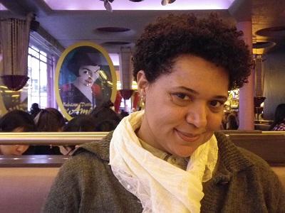 Aline Ferraz, autora del artículo