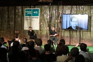 Snowden y Jarre en dueto