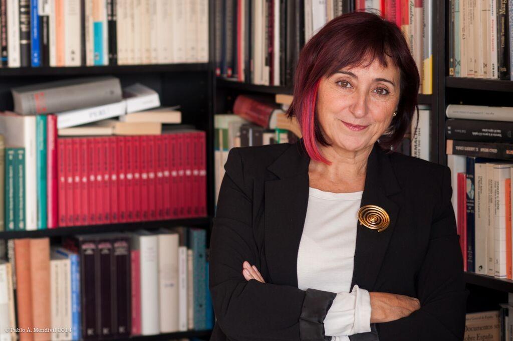 La escritora Elia Barceló está en la antología con un relato inquietante.