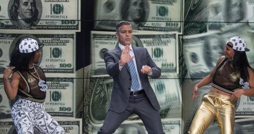 George Clooney es un presentador de un programa que combina espectáculo y economía en Money Monster
