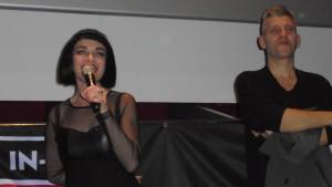 """Ana Curra y Danny García colgaron el """"sold out"""" en la presentación de su peli."""