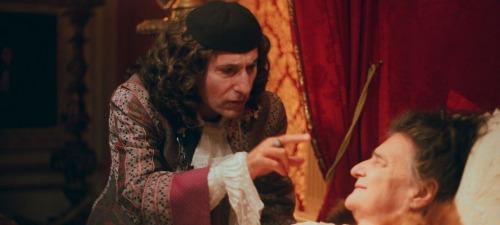 Un extraño doctor pretenderá sanar al rey con una curiosa pócima en La muerte de Luis XIV