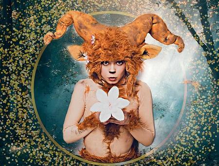 Puck -Carla Pulpón- Otro sueño de una noche de verano, de Manuel Luna, dirigida por Christopher Geitz Foto Adasat Barroso Diseño gráfico Patty Sway