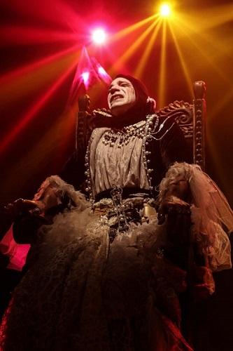 En la imagen Nicolás Pérez Costa en un momento de obra Juana la loca, de Pepe Cebrián Campoy