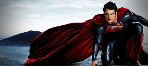 """""""El Hombre de Acero"""". Un Superman salvador, muy carnal y todo testosterona"""
