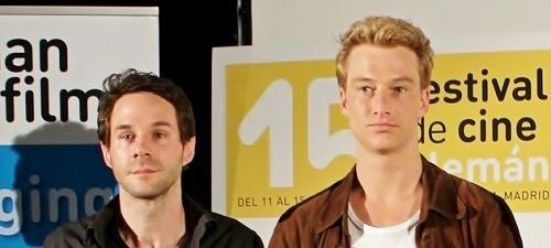 """Alexander Fehling y Toke Constantin, presentan """"Costa esperanza"""""""