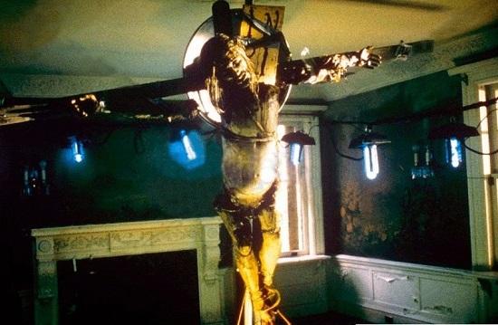 Resurrección (1999), de Russell Mulcahy