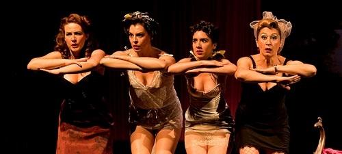 """""""Maribel y la extraña familia"""", dirigida por Gerardo Vera en el teatro Infanta Isabel"""