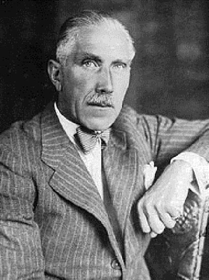 El canciller Franz Von Papen y la república de Weimar tienen un papel importante en la narración