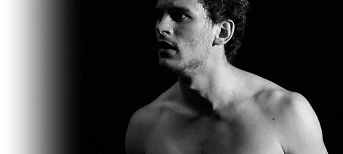 """""""Eva ha muerto"""", de César Augusto Cair, o el hombre desnudo ante su soledad"""