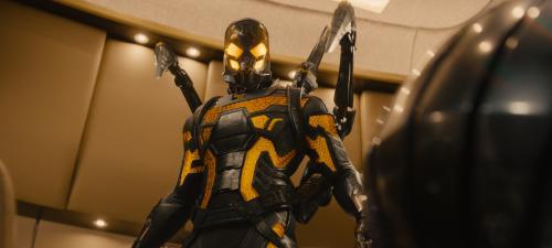 Corey Stoll se pone el traje de Chaqueta amarilla, el enemigo de Ant Man