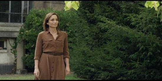 Kristin Scoth Thomas aporta la parte sentimental del film.