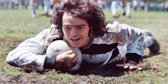 """Película de personajes, como Alex (Peter Lanzani), la estrella del rugby de """"El clan""""."""
