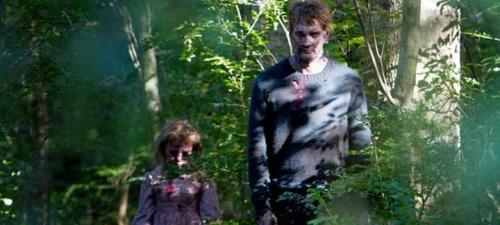 Los vecinos de los protagonistas de Maggie convertidos en zombis