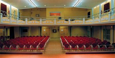 "Interior del Teatro Capri de Paterna donde se estrenará ""Cuixetes""."