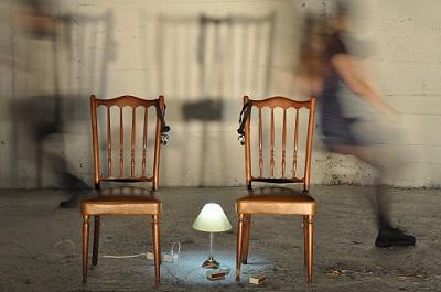 The lights, de Eva March y María Pizarro-Pérez, el instante en que algo puede suceder o no