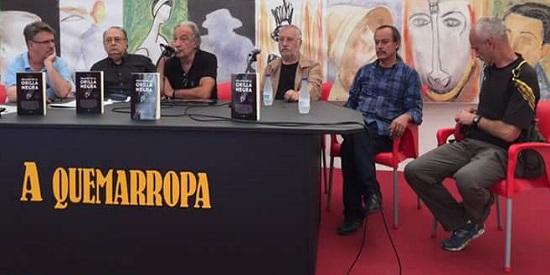 """Presentación de """"La Orilla Negra"""" en el espacio A Quemarropa de la SN. De izquierda a derecha: Pablo de Aguilar, José Vaccaro Ruiz, José Luis Muñoz, Fernando Martínez Laínez, Fritz Glockner y Dauno Tótoro."""