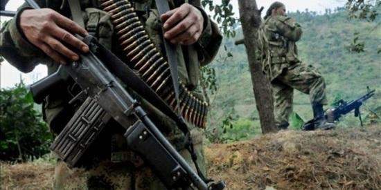 """""""Bala morena"""" ofrece un retrato feroz y sin concesiones de una guerra sin límites y de una crueldad extrema que asoló Colombia."""