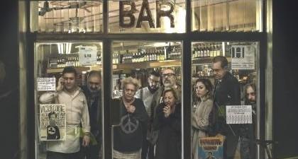 El bar, de Álex de la Iglesia