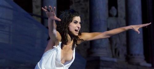 Troyanas de Eurípides, en versión de Alberto Conejero, dirigida por Carme Portaceli