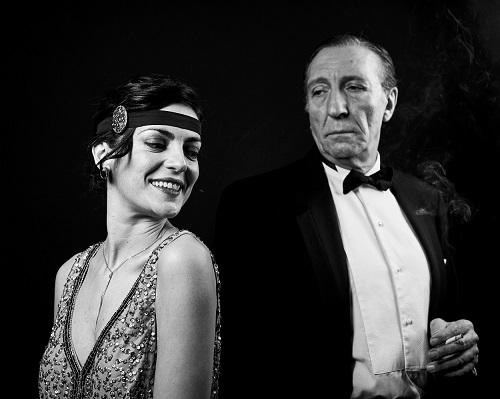 En la imagen Beatriz Arjona y Joaquín Hinojosa, en un momento de La línea del Horizonte de Carlos Atanes. Foto Jacobo Medrano
