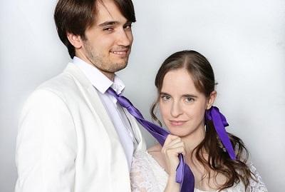 """Ana Azorín y David Degea, son Cecily y Algernon en """"La importancia de llamarse Ernesto"""", de Oscar Wilde, en versión y dirección de Ramón Paso."""