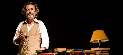 Conferencia sobre la lluvia, de Juan Villoro, con el excelente actor Fabián Vena