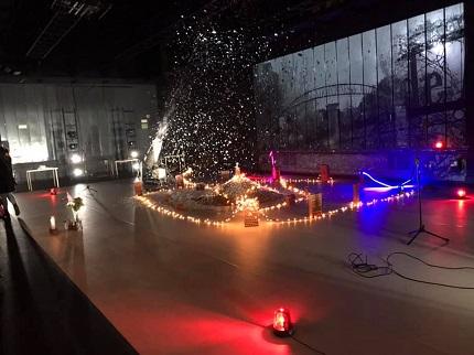 En la imagen la Instalación que crea José Ramón Hernández Suárez, durante la función I Love Madrid, que se representa en Naves del Matadero -Madrid-