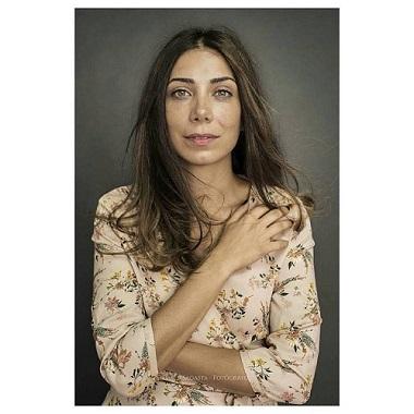 En la imagen Roberta Pasquinucci, que está entusiasmada con Hambre, obra que traducido y protagoniza, de la que nos habla. Foto de David Sagasta