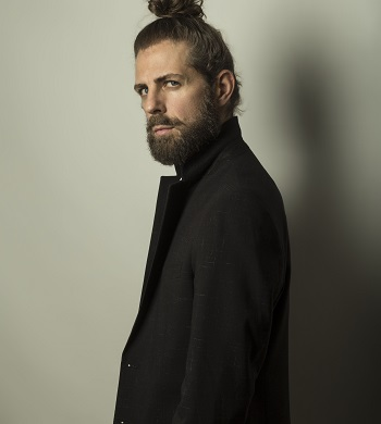 Santi Senso impulsor y creador del Acto Íntimo «EHDA» El Holocausto Del Amor, retrato de Jesús Mayorga