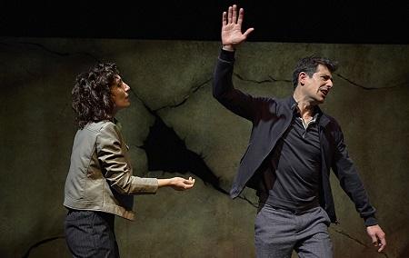 En la imagen de marcosGpunto, los actores Eva Rufo y José Bustos. Joan y Laia están a punto de romper, pero la vida demanda vida