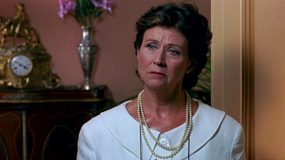 En 1990 en Átame, fue la mujer resignada del mediocre director de ficción al que dio vida Francisco Rabal