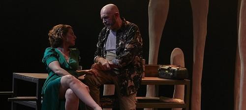 Salva Bolta dirige Siempreviva. Basada en Sangre de amor engañado de Don DeLillo