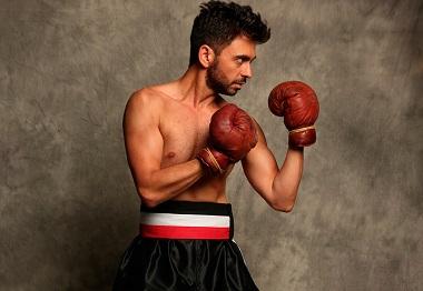 El actor Jesús Torres compone al boxeador alemana Rukeli, y al gitano español Saúl, con el mismo coraje ©Moisés F. Acosta