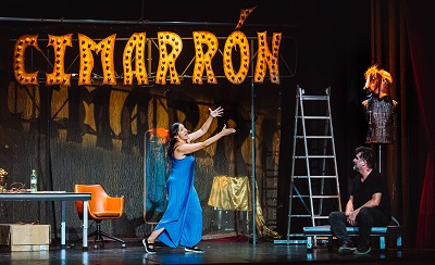 En la imagen Javier Manzanera y Celia Nadal autores e intérpretes de Cabezas de cartel, con dirección Luis Felpeto.